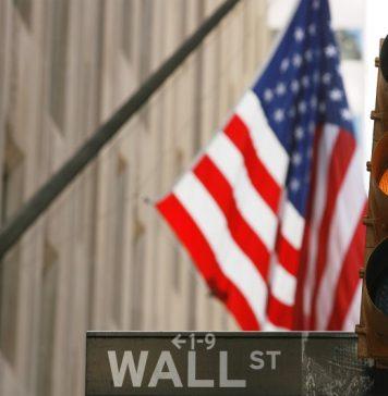 © Reuters.  ABD piyasaları kapanışta yükseldi; Dow Jones Industrial Average 0,04% değer kazandı
